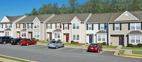 Photo of 7100 Alpha Ct, Fredericksburg, VA 22407