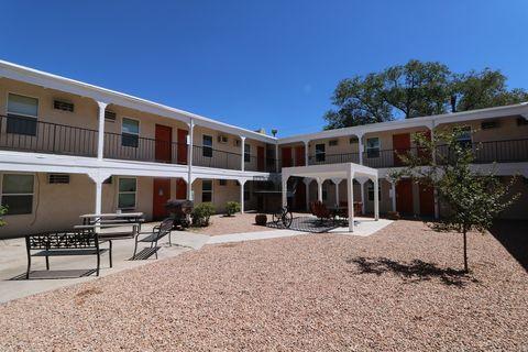 Photo of 520 Ortiz Dr Se, Albuquerque, NM 87108