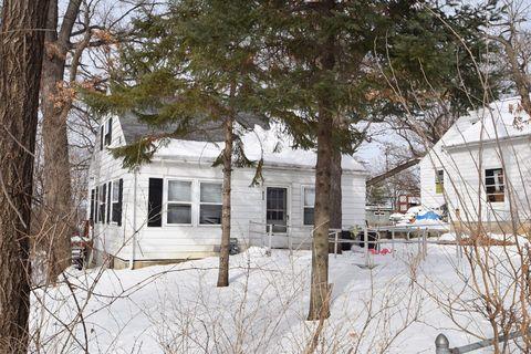 Photo of 920 Burr Oak Ln, Madison, WI 53713