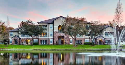2015 New Stonecastle Ter, Winter Park, FL 32792. Apartment For Rent