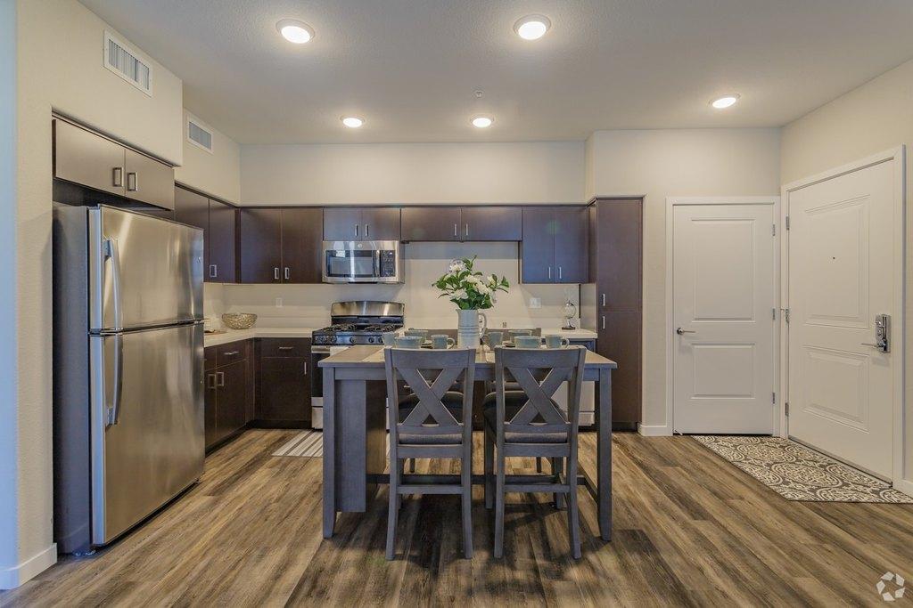Folsom Lake College Housing Uloop