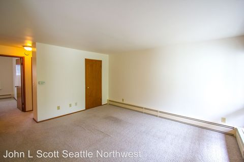 Photo of 8500 32nd Ave Nw, Seattle, WA 98117