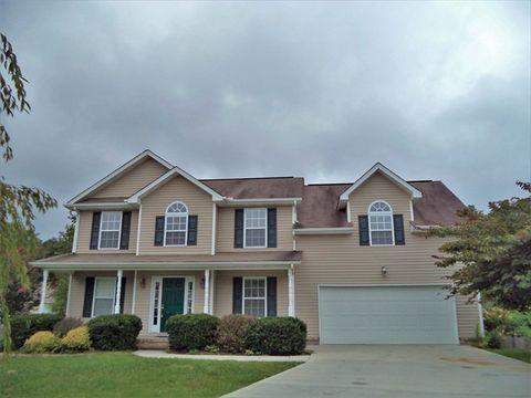 Photo of 3201 Gaslight Ln, Knoxville, TN 37931