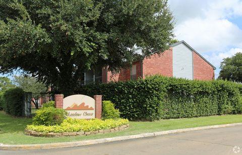 Photo of 4901 Misty Ln, Bay City, TX 77414