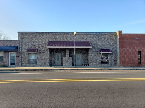 Photo of 120 W Center St, Beebe, AR 72012