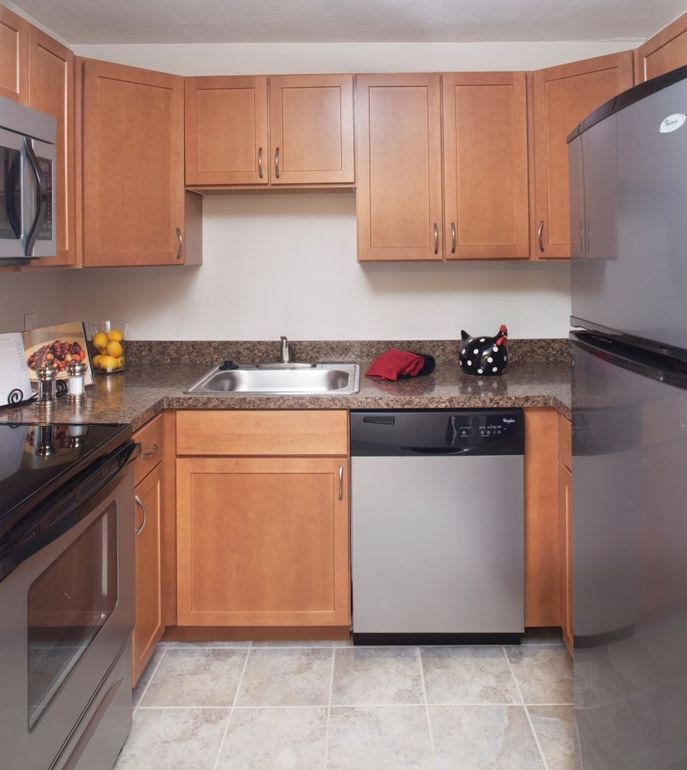 1 Bedroom Apartments For Rent In Brockton Ma: 45 Wheeler Cir, Brockton, MA 02072