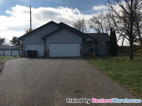 6245 Forest Boulevard Trl, Wyoming, MN 55092