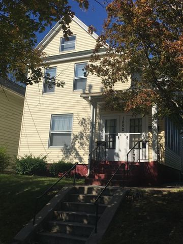 Photo of 1052 W 4th St, Erie, PA 16507