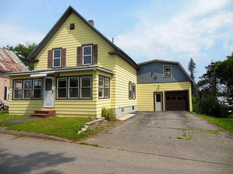 Photo of 32 Osborne St, Fairfield, ME 04937