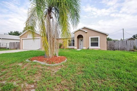 Photo of 980 Eyerly St, Cocoa, FL 32927