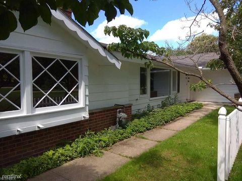Photo of 19 E Bel Meadow Ln # 1 A, Chagrin Falls, OH 44022