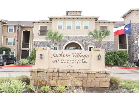 Photo of 294 Abner Jackson Pkwy, Lake Jackson, TX 77566
