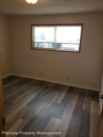 Photo of 2380 N A St # 1-6, Springfield, OR 97477