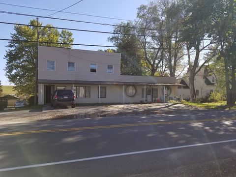263 Manor Dr Apt 1, Ebensburg, PA 15931