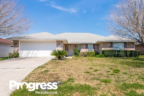 Photo of 10351 Clayton Mill Rd, Jacksonville, FL 32221