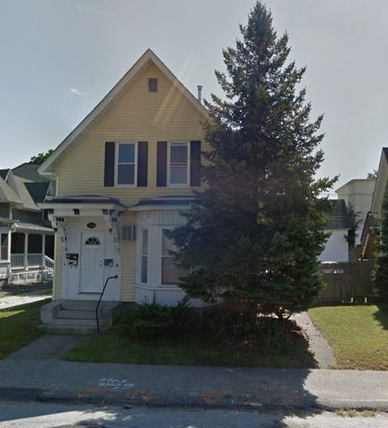 Photo of 303 Hanover St Apt 2, Manchester, NH 03104