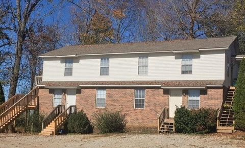 Photo of 1585 Walter Ln, Cookeville, TN 38501
