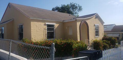Photo of 711 Palm Beach Lakes Blvd, West Palm Beach, FL 33401