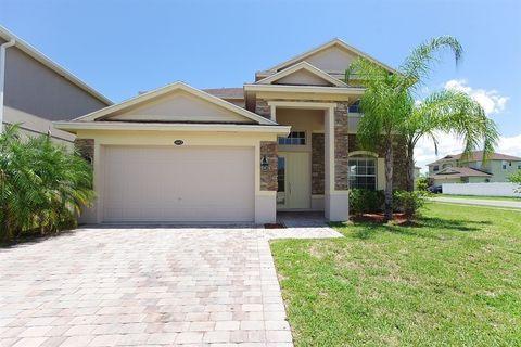 1053 Hermosa Way, Kissimmee, FL 34744