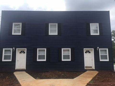 Photo of 1342 N Main St Apt A, Chase City, VA 23924
