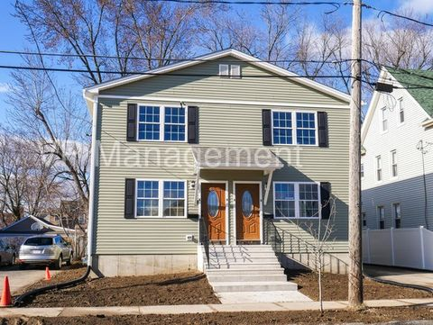 84 Hill St, West Springfield, MA 01089