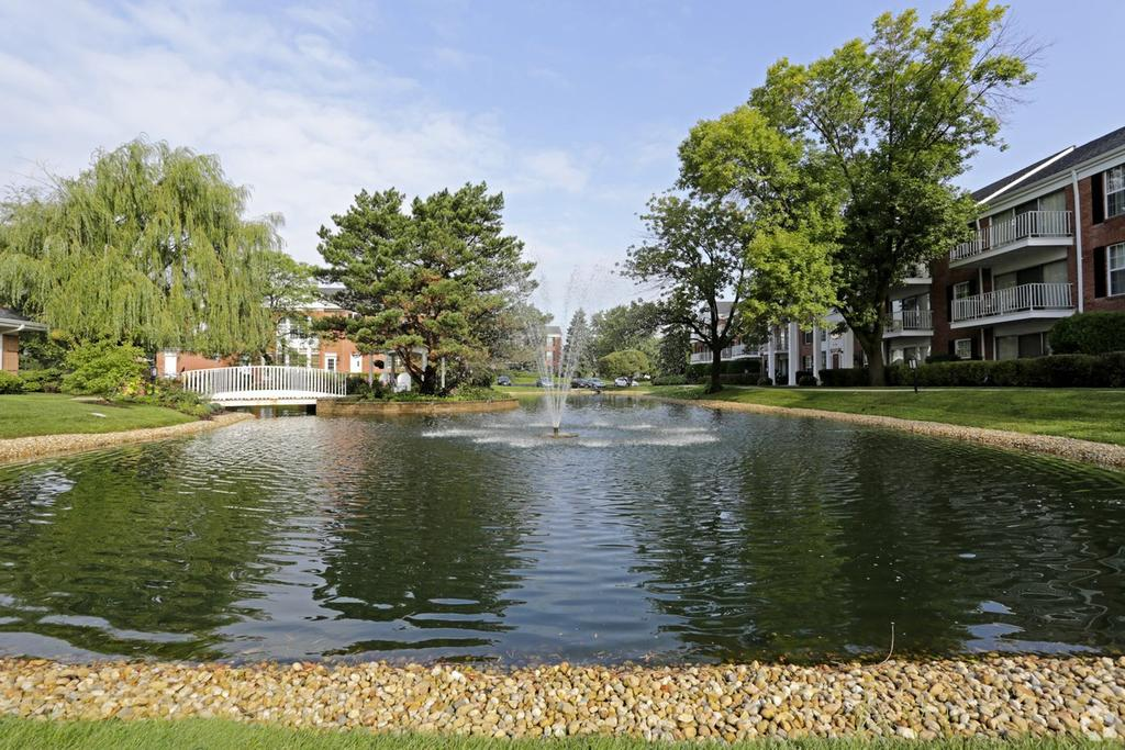 Versailles on the Lakes Oakbrook