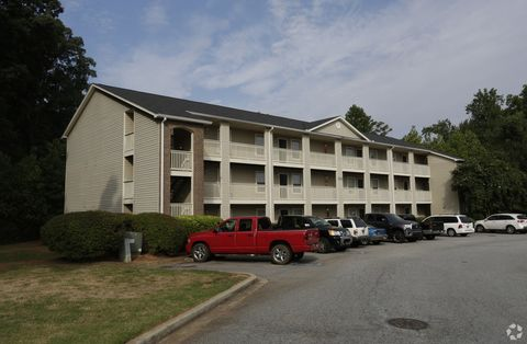 Photo of 153 Civic Center Blvd, Anderson, SC 29625