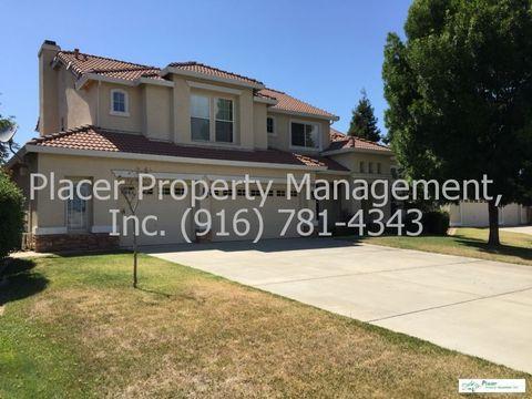 8200 Rural Estates Ln, Sacramento, CA 95828