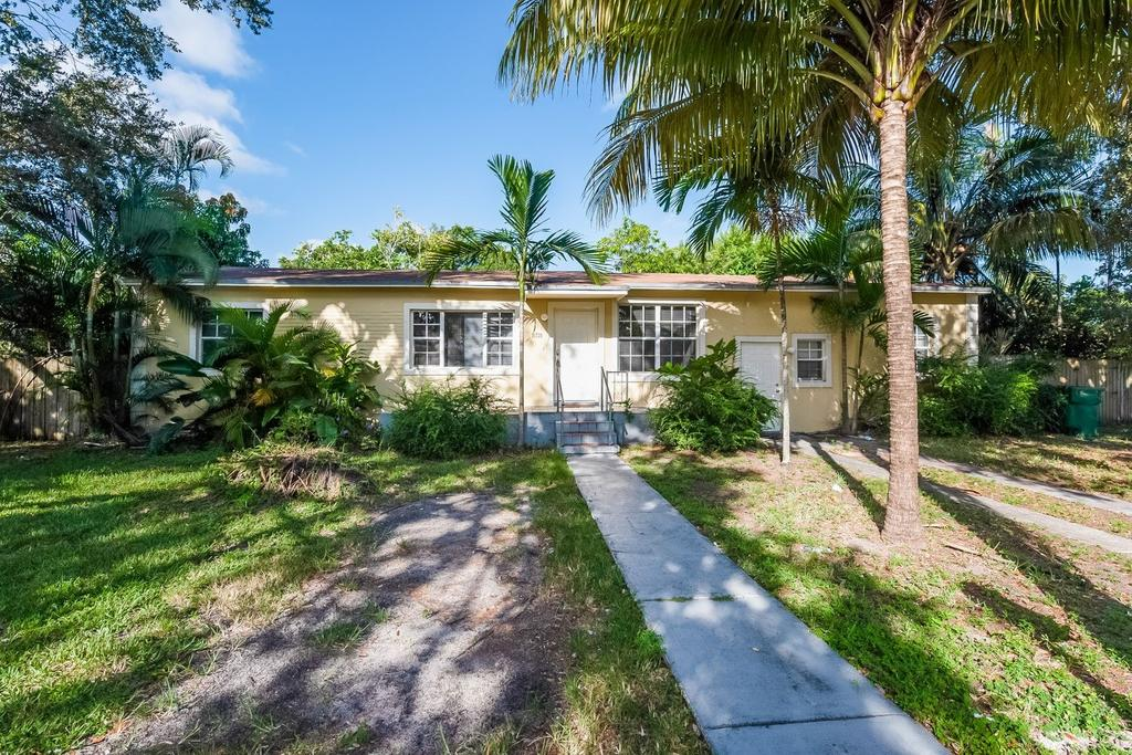 14720 NW 2nd Ave, Miami, FL 33168