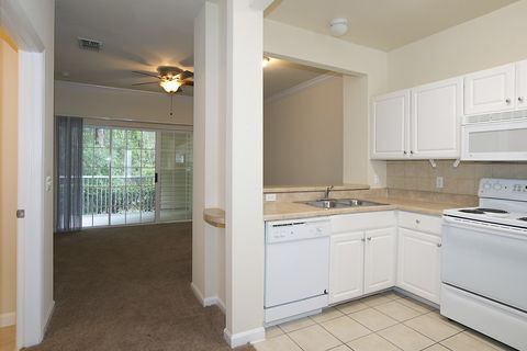 Photo of 5075 Nw 43rd Ave, Gainesville, FL 32606