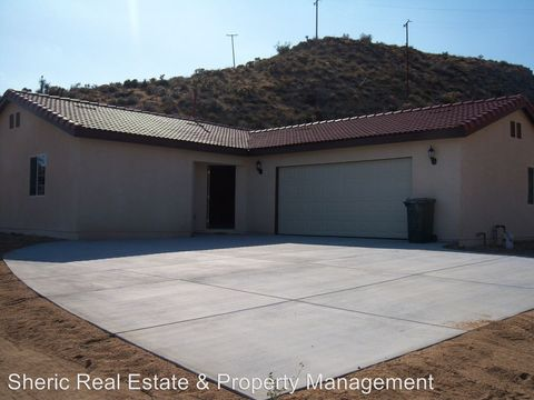 8650 Abeland Rd, Morongo Valley, CA 92256