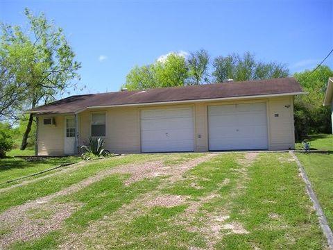 Photo of 403 S Vista Ln, Sandia, TX 78383