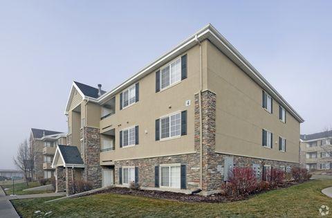 Photo of 358 N Gateway Dr, Providence, UT 84332