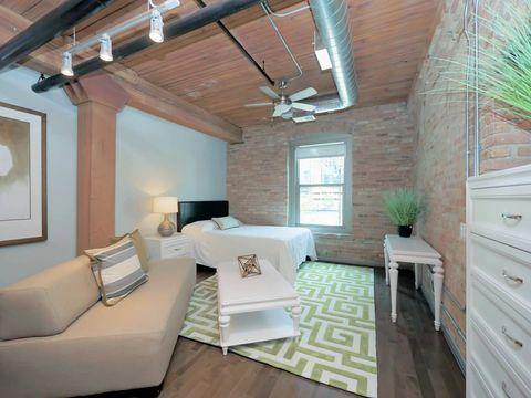 Sensational Near North Side Chicago Il Apartments For Rent Realtor Com Home Interior And Landscaping Eliaenasavecom