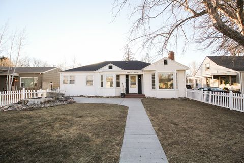 Photo of 1705 Fairacre Dr, Greeley, CO 80631