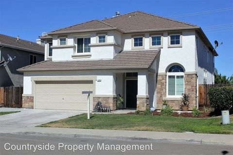 4200 Crepe Myrtle Ln, Tracy, CA 95377