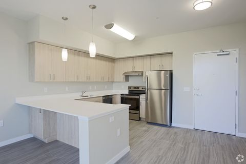 1837 Pacific Ave, Forest Grove, OR 97116