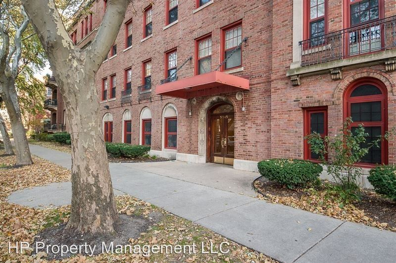 5345 S Harper Ave, Chicago, IL 60615