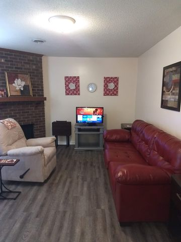 Photo of 3006 Darden Rd Apt C, Greensboro, NC 27407