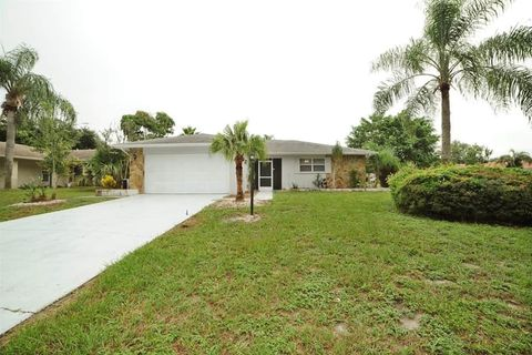 Photo of 2510 Bramblewood Dr W, Clearwater, FL 33763