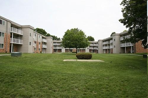 Indian Hills Apartments