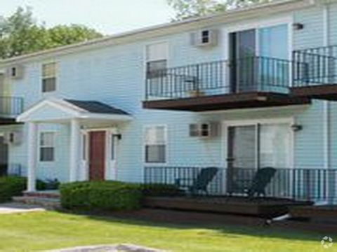 Photo of 51 Creek Rd, Poughkeepsie, NY 12601