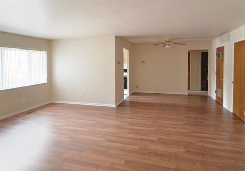 Photo of 4075-4095 Monticello Blvd, Cleveland Heights, OH 44121