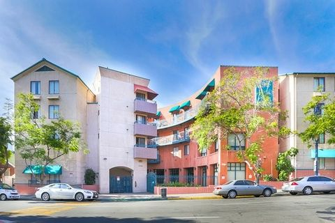 Photo of 1736 State St, San Diego, CA 92101
