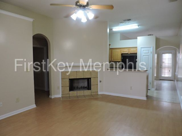 5599 Queens Ring Cv, Memphis, TN 38125