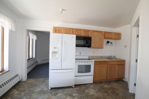 Photo Of 110 College Ave 2 Waterville Me 04901 Apartment For Rent
