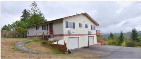 Photo of 1770 S 22nd St, Coos Bay, OR 97420