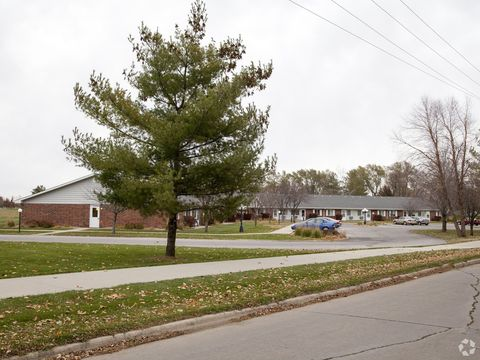 Photo of 2620 Mc Kinley St, Perry, IA 50220