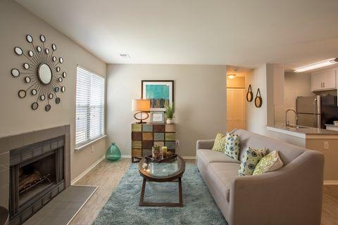 Photo of 100 Springhouse Way, Newport News, VA 23602