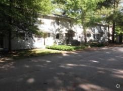159 Village Green Dr, South Burlington, VT 05403
